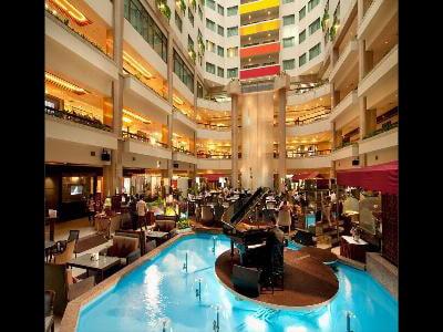 ハワードプラザホテル