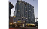 ロウズ・ハリウッド・ホテル