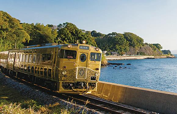 SWEET TRAIN「或る列車」とスイーツクルーズ「エルミラ」をダブル貸切!極上の空間で味わうスイーツとハウステンボス「光の王国」 3日間
