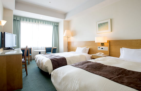 【WEB限定】今だけ得だ値!6-7月はココ!JRで行くホテル大阪ベイタワー おとなび特別価格!