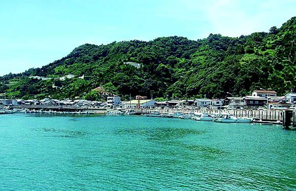 瀬戸内の風情満喫 貸切 クルーズ船で島めぐり とびしま海道&忽那諸島 2日間