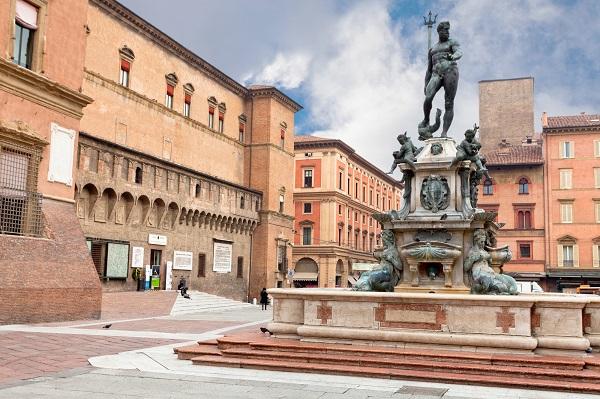 【イタリア】エミリア・ロマーニャからトスカーナの地方探訪 秋のイタリアの郷土を食す旅 9日