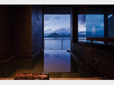 客室露天風呂一例/湖の栖