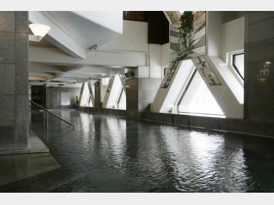 地下大浴場