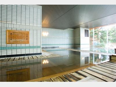 古代檜風呂イメージ(緑の季節)