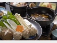 夕食一例(きのこ鍋)