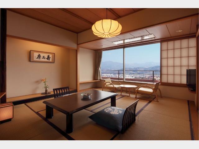 客室一例 月の館