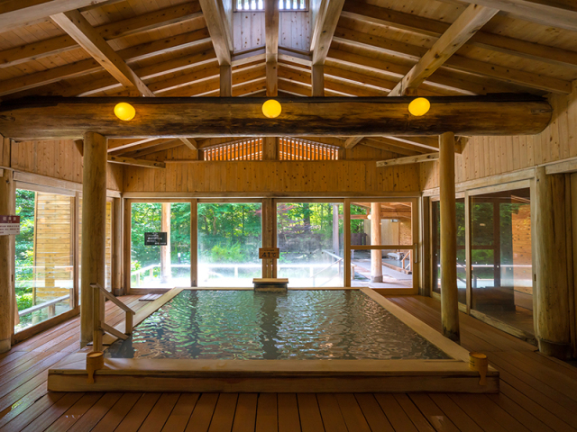 オリエンタルガーデン大浴場「ひのきの湯」