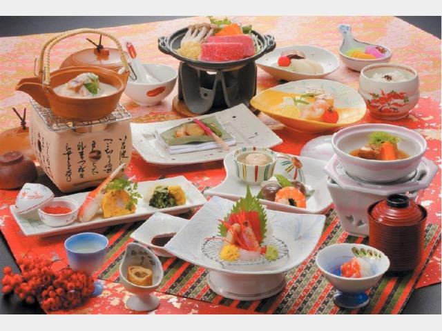 夕食一例(季節の和風会席)