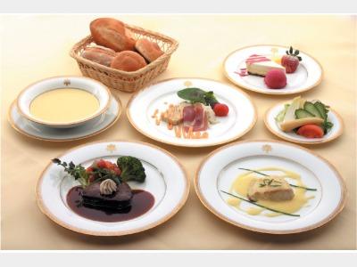 夕食一例(フランス料理)