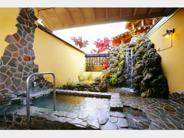 5.月雫の湯 別棟「温泉道楽」個室貸切露天風呂