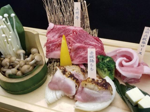 上州牛・上州六穀豚・赤城鶏の肉三種盛りのイメージ