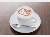 四万グランド「かふぇふろれすたキティ」キティアートカプチーノコーヒー①