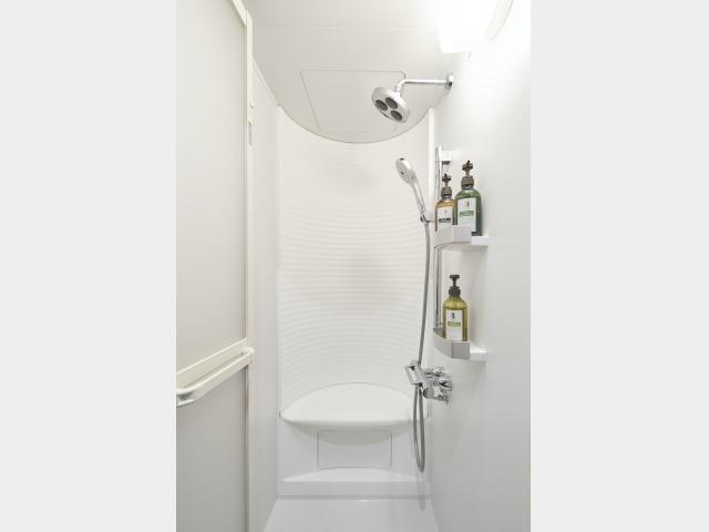 シャワーブース(一例)