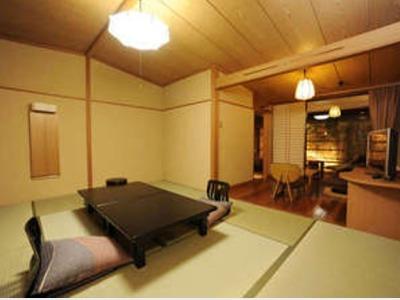 露天風呂付客室「風の庵」和室