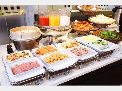 朝食(洋食コーナーイメージ)