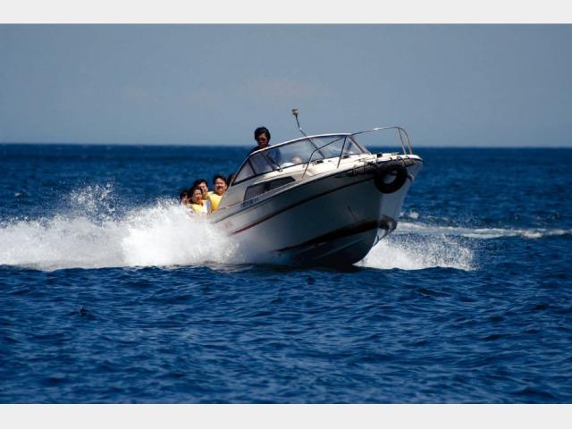 モーターボートクルージング