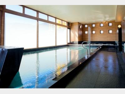 大浴場「トレヴィ」