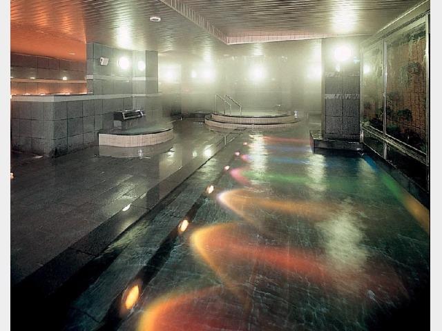 大浴場(レインボー風呂)