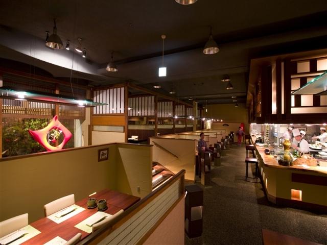 レストラン(四季彩ダイニング美厨)