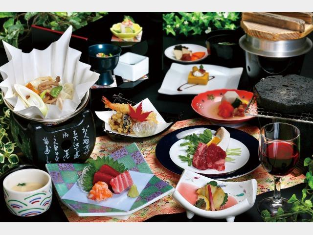 夕食一例(赤い風船オリジナル会席)