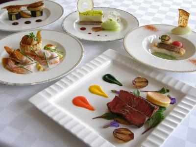 フランス料理コースイメージ レギュラー商品でご使用ください スキー商品は品数が異なります。