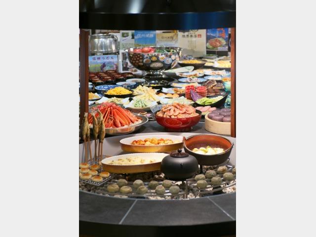 """ご夕食では、""""信州IRORI""""で提供する 郷土料理と新たな山岳リゾート料理をご堪能下さい☆"""