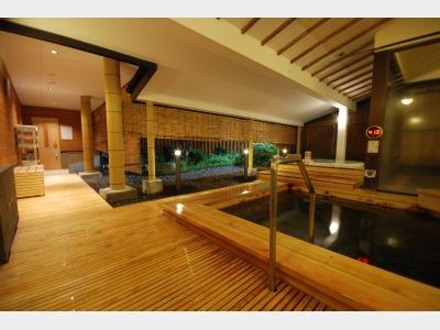 木の湯 露天風呂