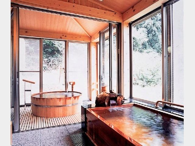 貸切風呂(樽風呂 ひのき風呂)