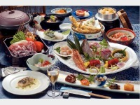 夕食一例(会席料理 お刺身は2人前