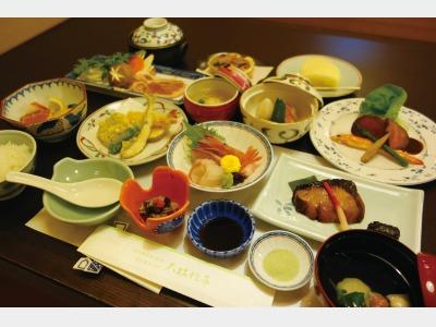 夕食一例 海の幸和会席