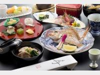 【本館】お祝い懐石料理の一例