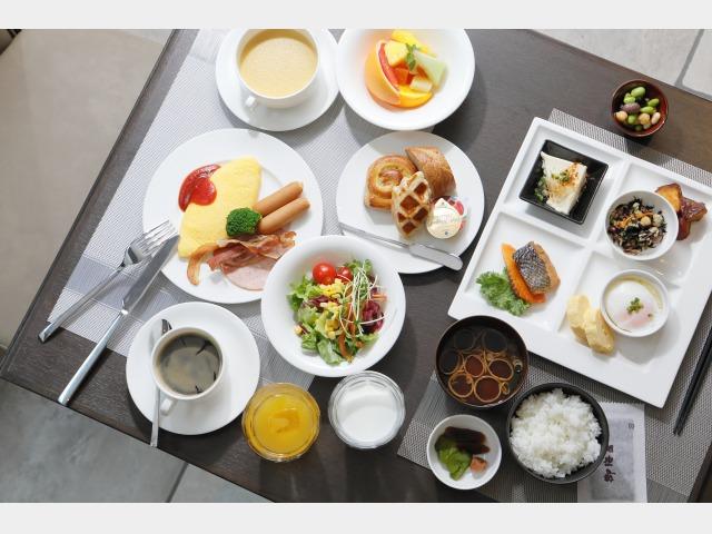 和洋ブッフェ朝食一例