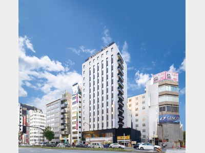 ベッセルイン栄駅前の外観