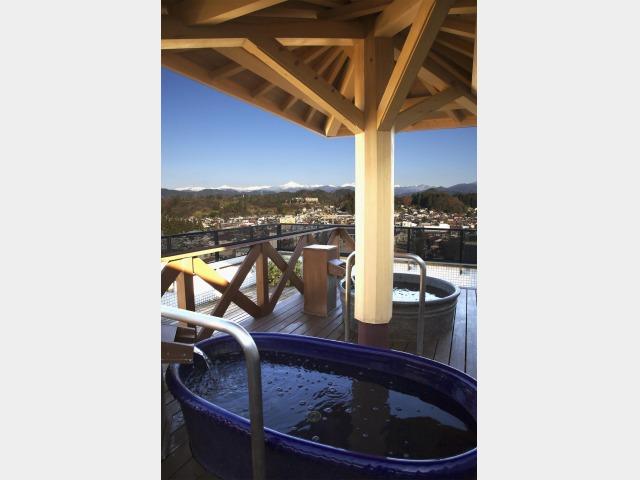 喜多館屋上の壺湯