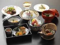 夕食一例(京野菜と京都牛料理 DX)