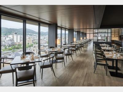 最上階レストラン(朝食会場)
