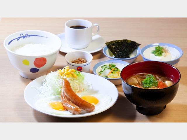 松屋 ソーセージ定食