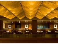 2F カフェレストラン「アクアブルー」