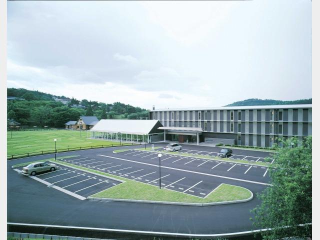 青山 リゾートホテル