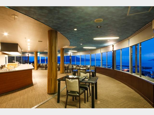 展望レストラン「東風と海」