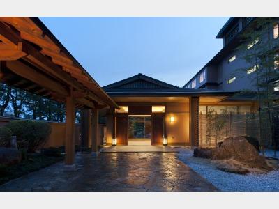 鳥羽国際ホテル潮路亭の外観