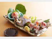 「いけす円座 すし八咫」活魚料理