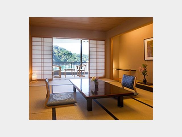 客室一例 和室10畳タイプ