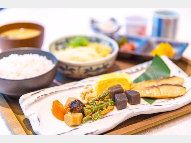 和洋朝食バイキング_和食イメージ