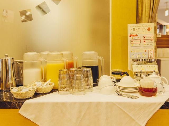 朝食:ドリンクコーナー