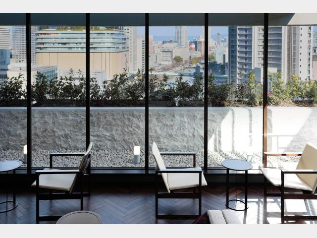 コンセプトフロア  レディースフロア専用 16階ラウンジ 「リヴィエール」昼?(16階)
