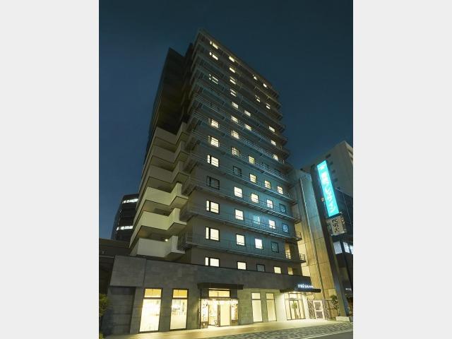 【ホテル外観】夜の景観(縦)