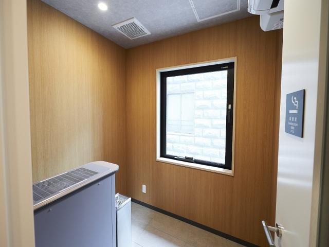 【ホテル・設備】喫煙コーナー(1階)