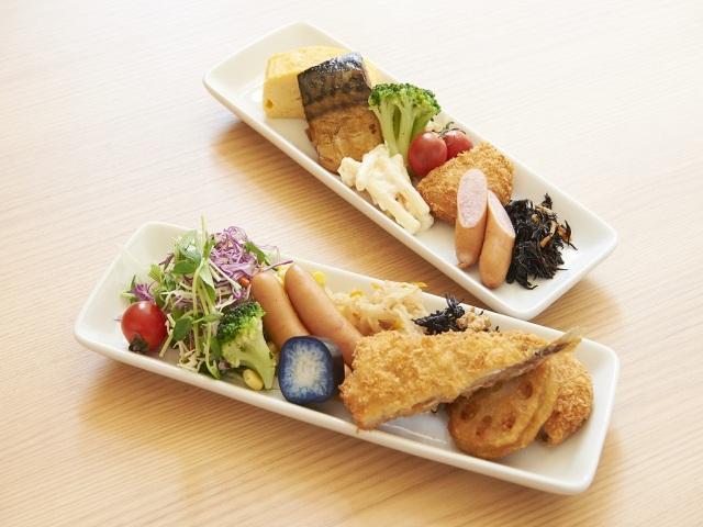【朝食】盛り付け例(副菜豊富な手作り朝食)